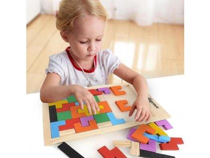 0030475 drevene puzzle tvary