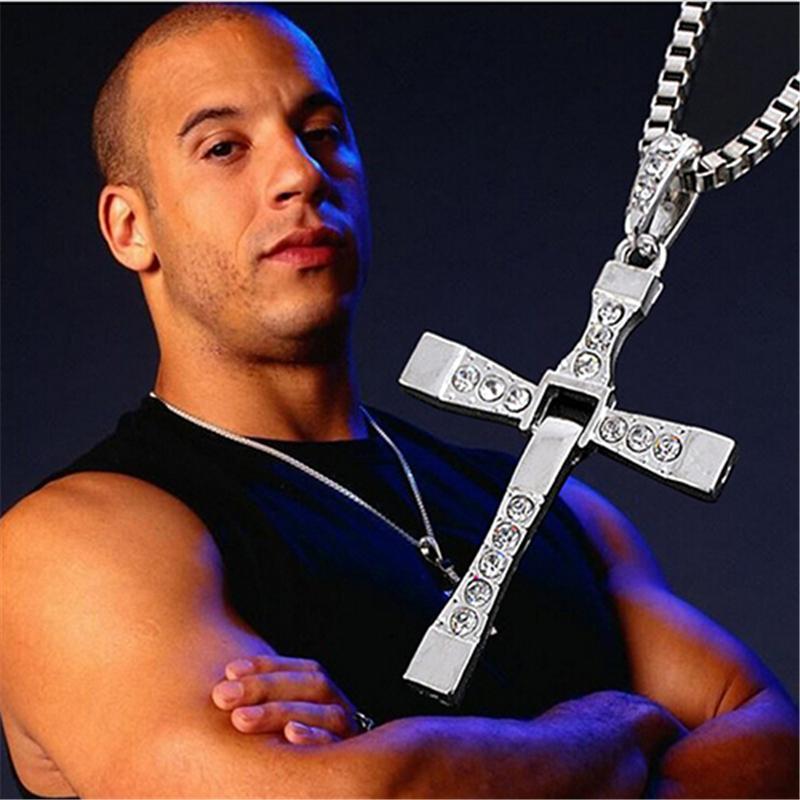Stříbrný řetízek na krk s křížem - Dominic Toretto - Rychle a zběsile (Vin Diesel)