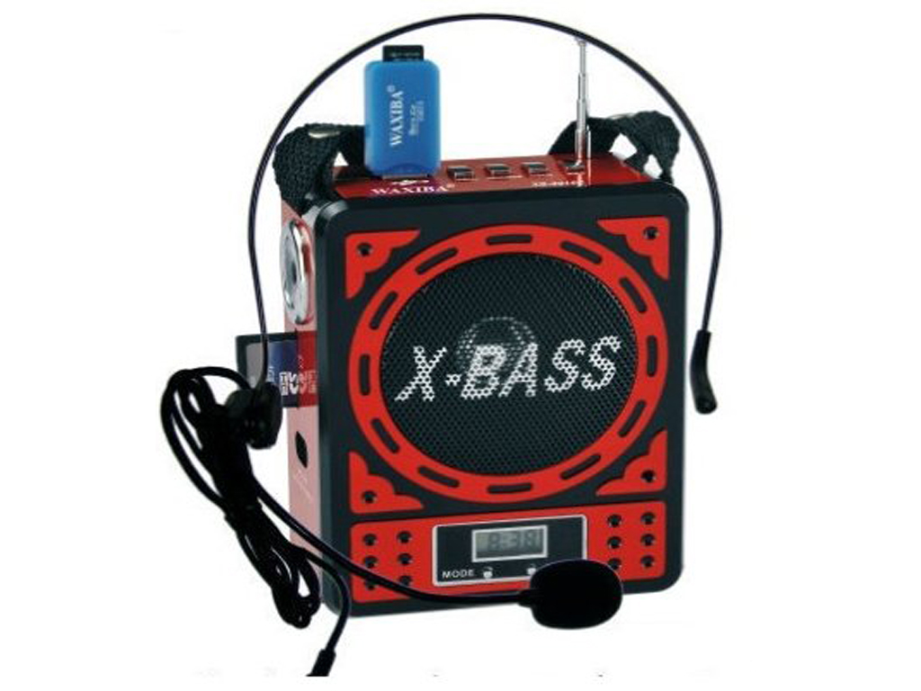 Přenosné rádio s přehrávačem MP3, USB, SD karta X-Bass v červeném provedení