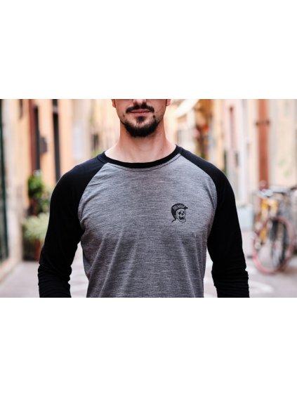 merino-raglan-breakout-clothing