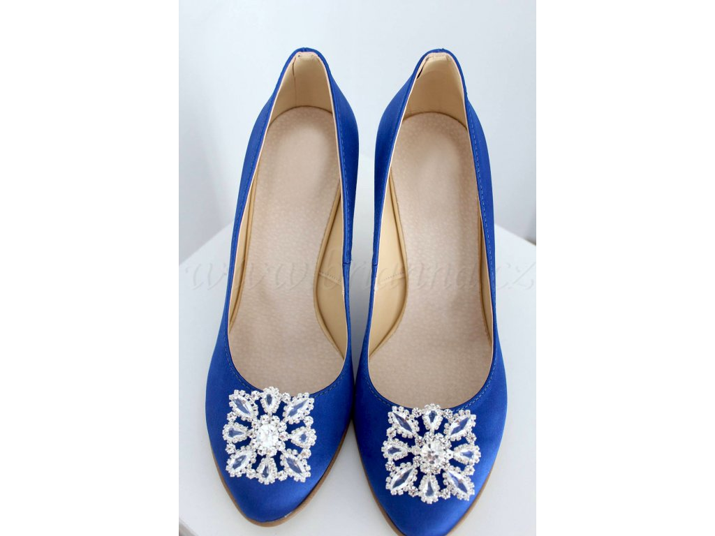 Saténové svatební boty s broží - modré c0ca25ac36