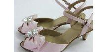Saténové svatbení sandálky - barva pudrově růžová