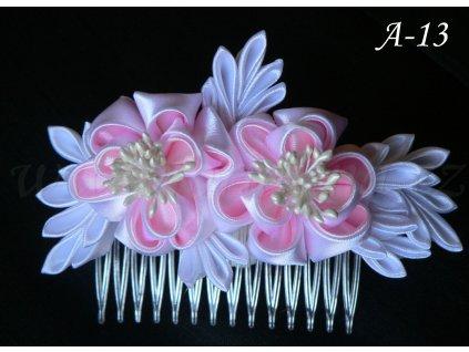 Svatební kanzashi růže na hřebínku A-13