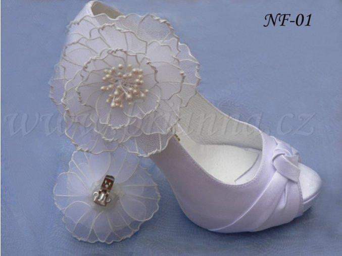 Květinové klipy na boty - velké bílé