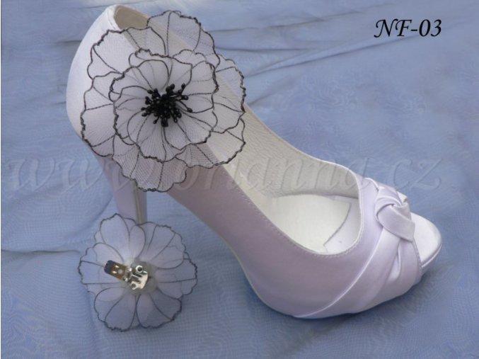 Květinové klipy na boty - černobílé