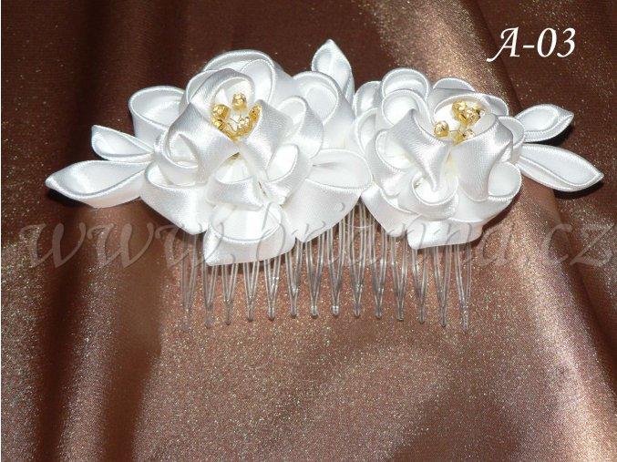 Svatební kanzashi růže na hřebínku A-03