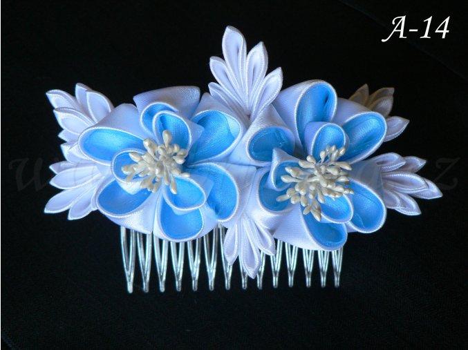 Svatební kanzashi růže na hřebínku A-14