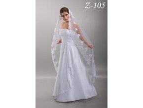 Dlouhý svatební závoj s širokou stříbrně vyšívanou krajkou Z-105