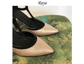 Materiál Ruya