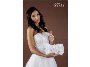 Saténová svatební kabelka s květinou ST-11 (Barva bílá)