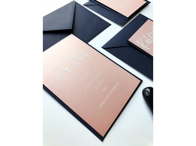 Libovolná grafika - Rose gold papír - Bílé písmo