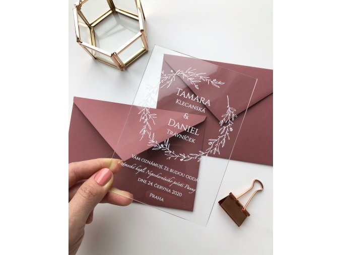 Svatební oznámení - Serena - Plexi (Tiskoviny Plexi jmenovky 8 x 7 cm, Barva písma Bílá)