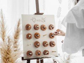 2stojan na donuty www.bridetobe.cz