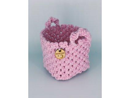 Košíček macramé růžový 1