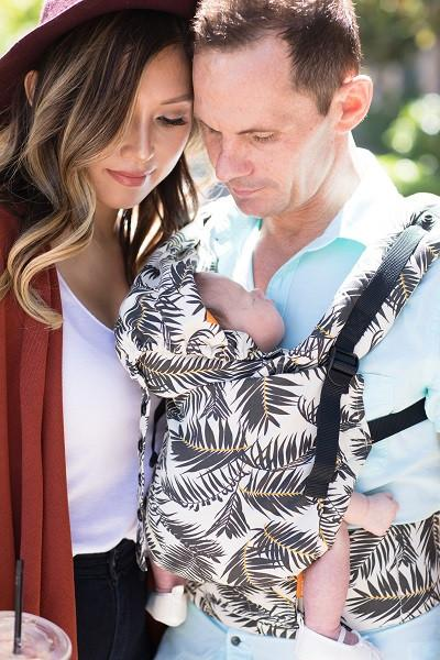 Hide_and_Seek_Free-to-Grow_Baby_Carrier2_1024x1024