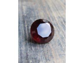 Broušený granát 17,85ct, tajemná barva, raritní velikost
