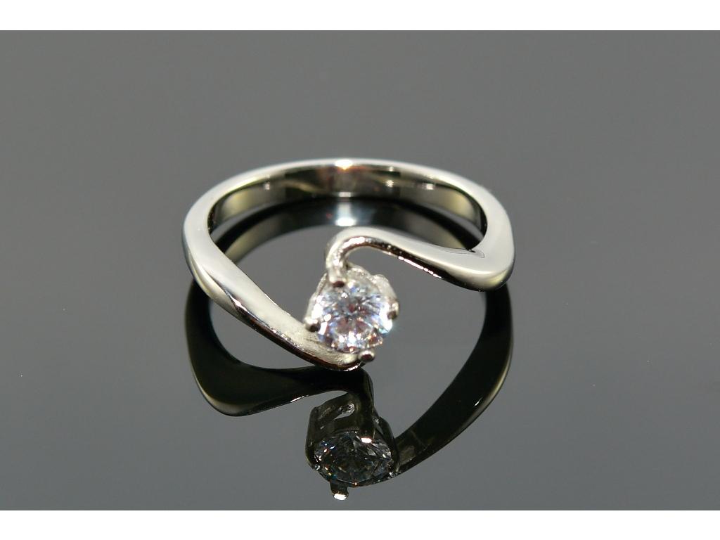 S1060 TOP prstýnek z chirurgické oceli s krystalkem