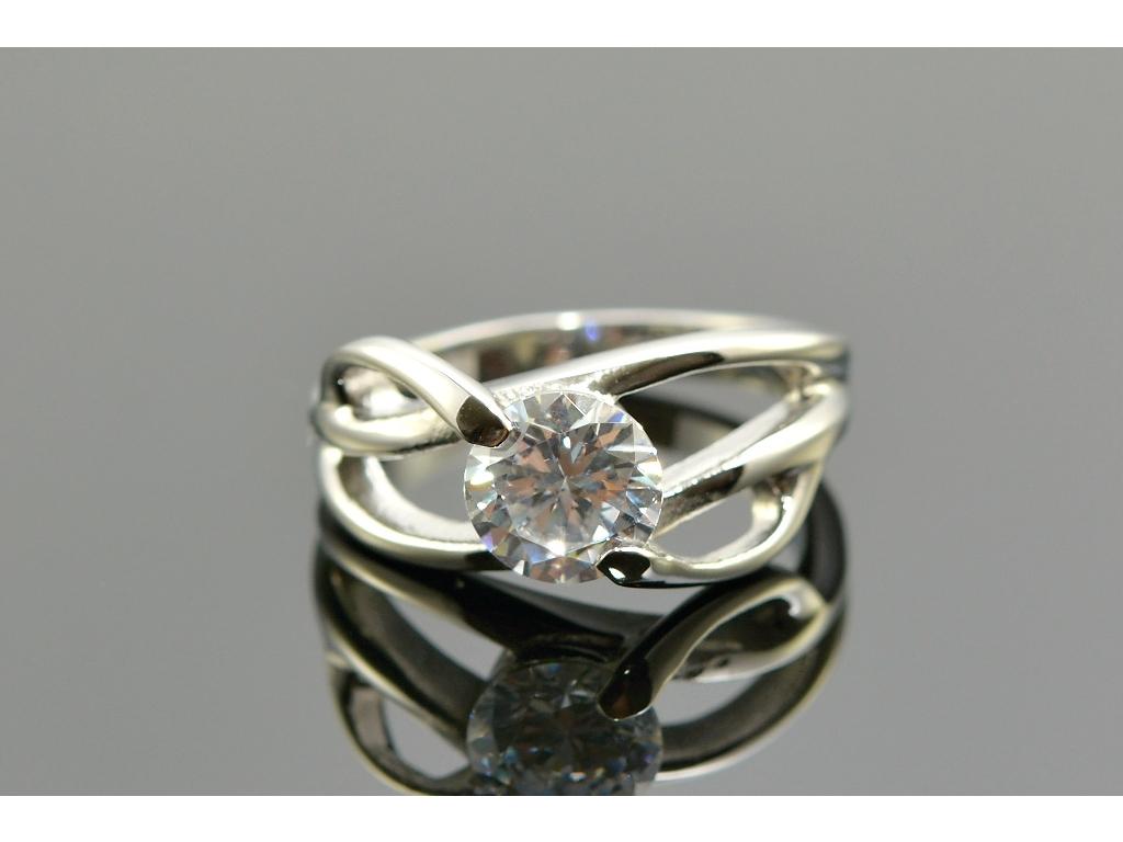 S1186 Prstýnek z chirurgické oceli s krystalkem