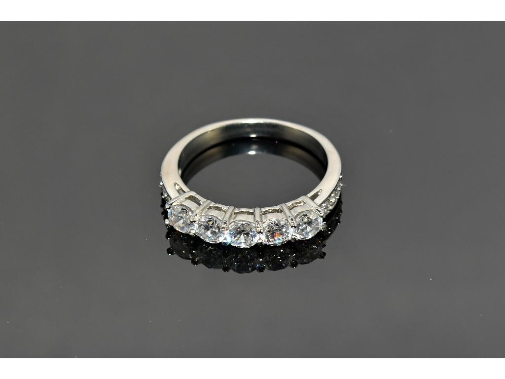 S0461 Prstýnek z chirurgické oceli 5 krystalků