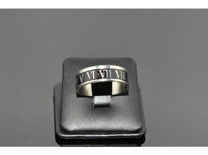 S0474 Prsten z chirurgické oceli ROMAN NUMERALS