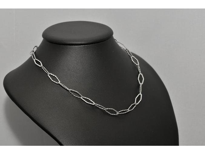 S0570 Atypický řetízek z chirurgické oceli 45cm