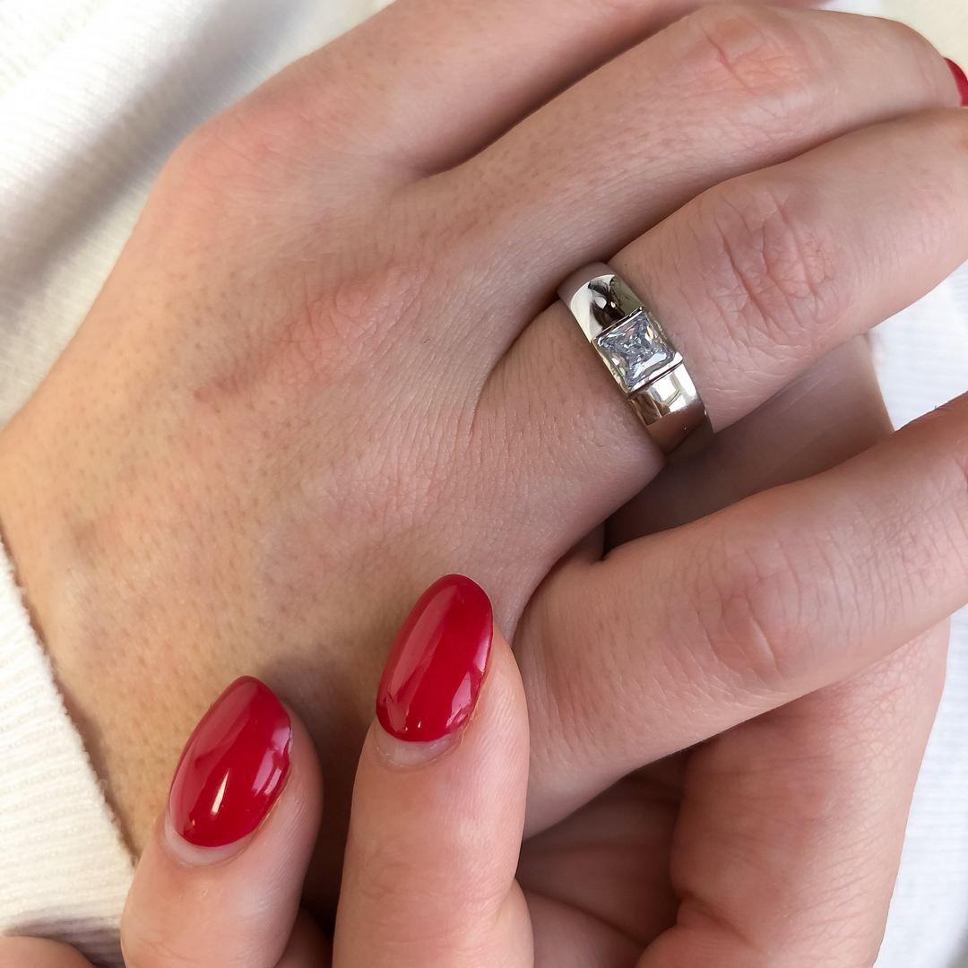 S2624 Krásný prsten se čtvercovým kamínkem Pohlaví: dámské, Velikost: 6