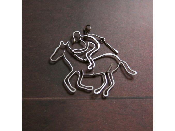 přív dostih kůň