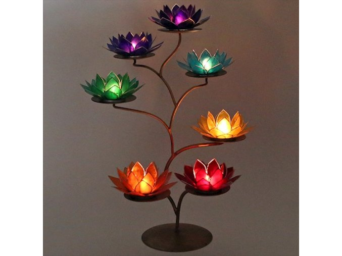 Stojan se 7 lotosovými svícny