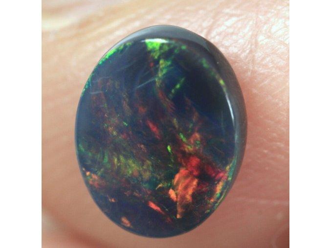 1,02 - Black opal