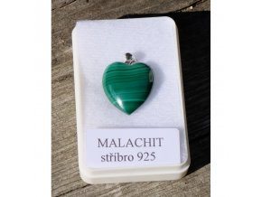 Přívěsek z malachitu