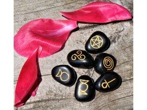 Achátové kameny