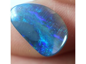 3,26 ct - Black opal - 14,26 x 9,16 mm
