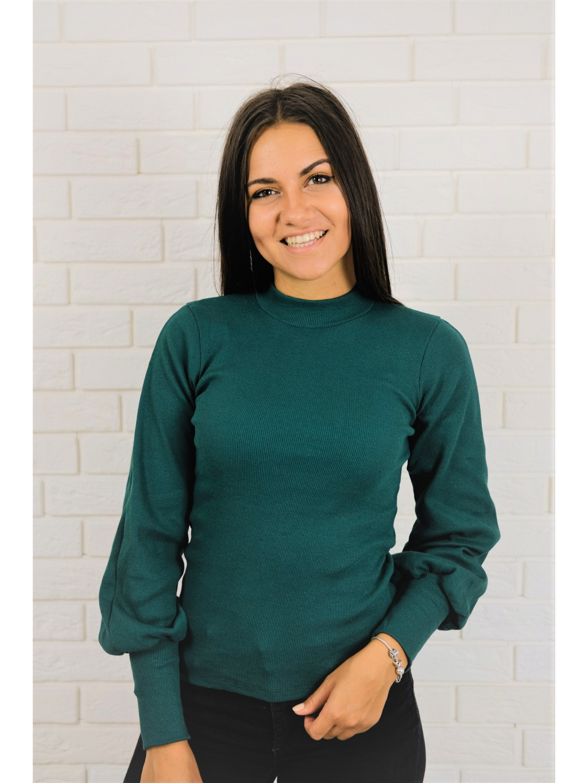 Halenka Voel green