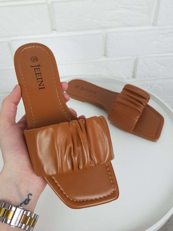 Pantofle Lena brown