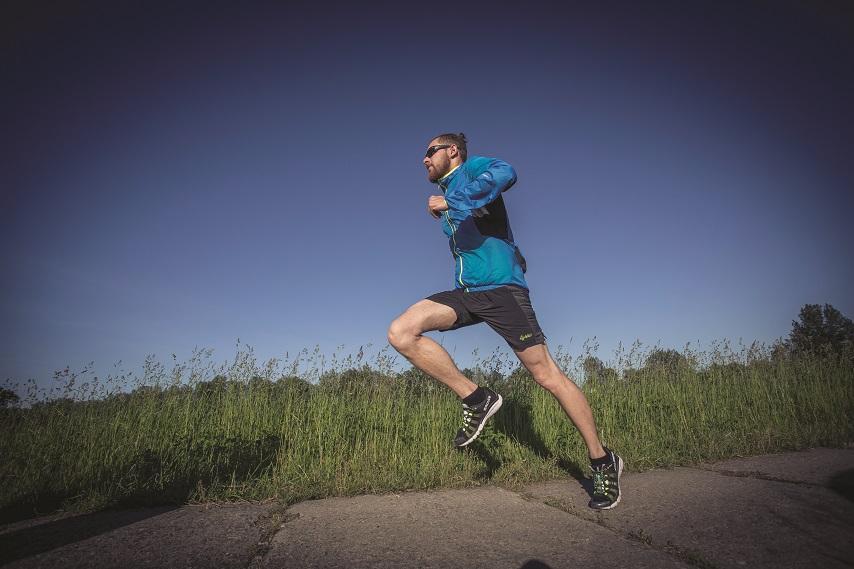 Jak vybrat běžecké oblečení? Podle materiálu i ročního období