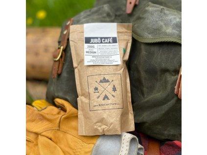 Zrnková  vícedruhová  káva JUBÖ CAFÉ