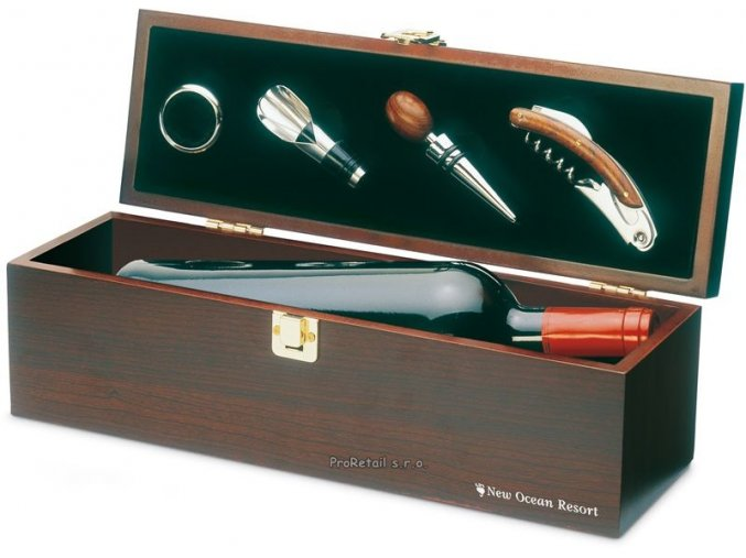 Čtyřdílná sada na víno v boxu s místem na láhev