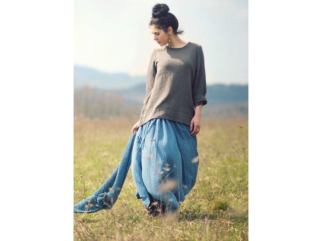 Maxi sukně z mušelínu - modrá puntíčková