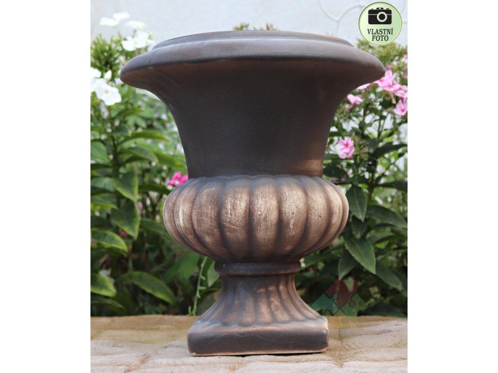 zahradní váza