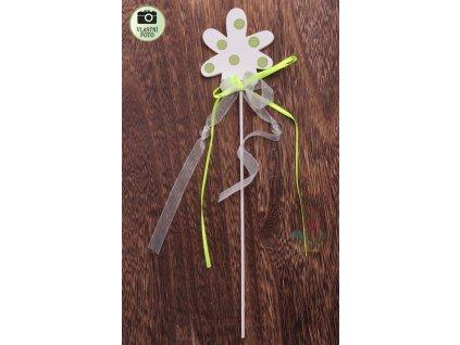 zelená květina zápich