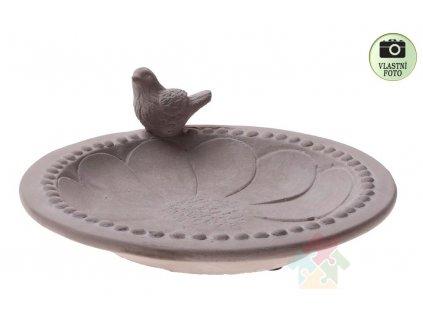 pitko pro ptáky z betonu