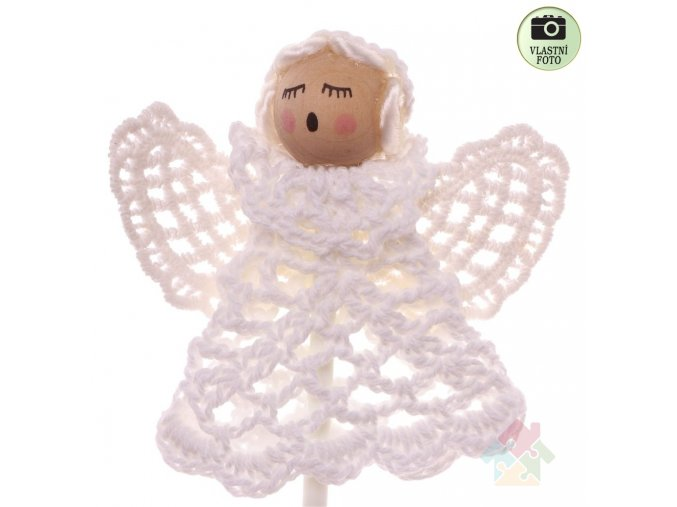 háčkovaný andílek