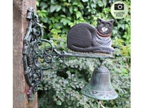 litinový zvon s kočkou