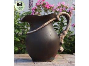keramická džbán