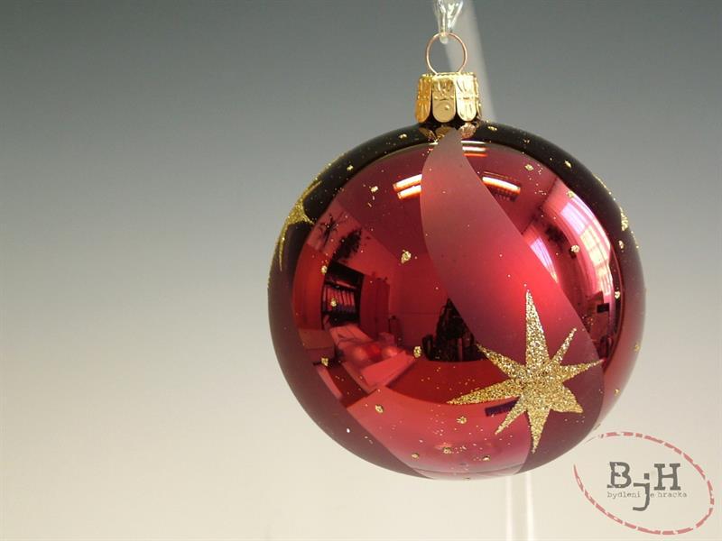 Český výrobce Vánoční skleněné baňky Popis: Vánoční baňky, průměr 6 cm, balení 6-ti baněk