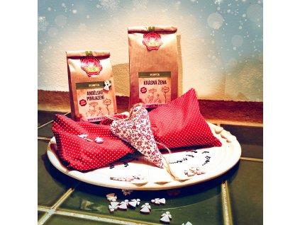 Vánoční balíček s velkým polštářkem