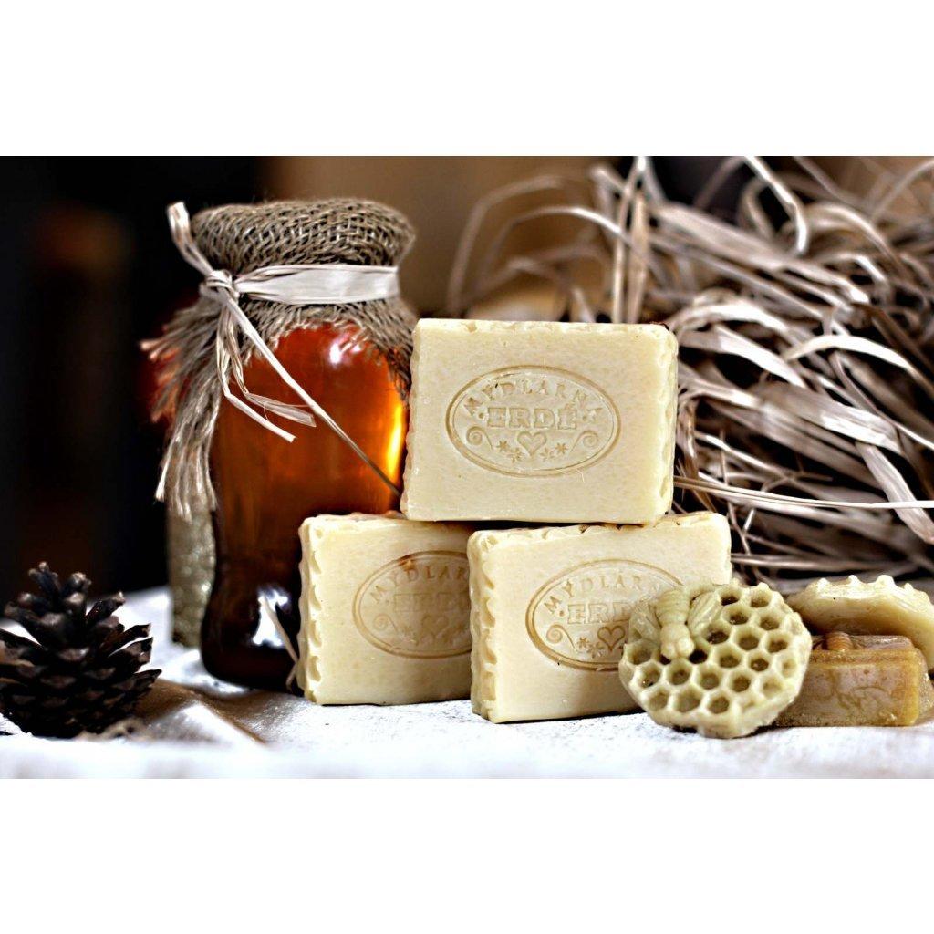 832 prirodni mydlo medove s mesickem medova plastev