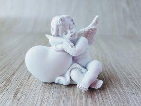 Anděl se srdíčkem č. 1