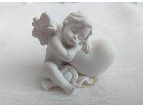 Anděl se srdíčkem č. 2