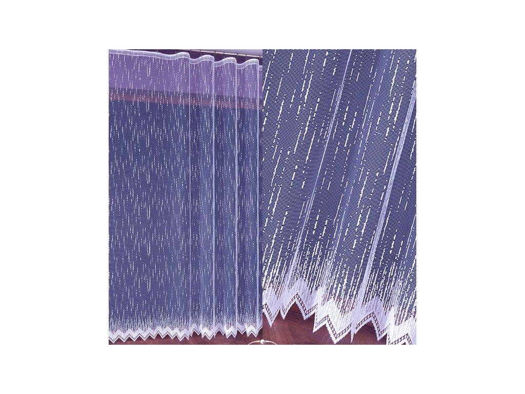 Záclona prší